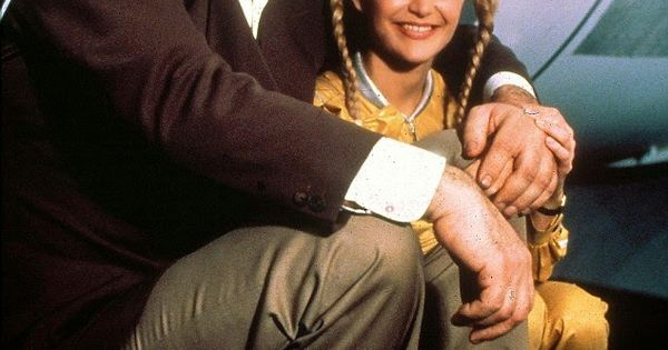 Richard Kiel (Jaws) & Blanche Ravalec (Dolly) | Shaken ...