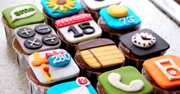 Feel free to make these iPhone cupcakes for my birthday :)