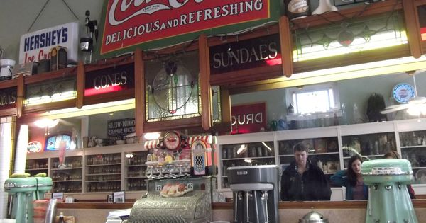 Mikes on main authentic old fashioned soda fountain for Old fashioned pharmacy soda fountain