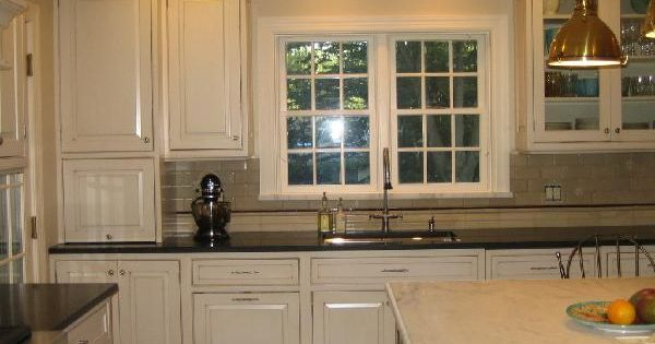 Cream kitchen cabinets with black granite countertops cream kitchen cabinets for soft and - Black granite countertops with cream cabinets ...
