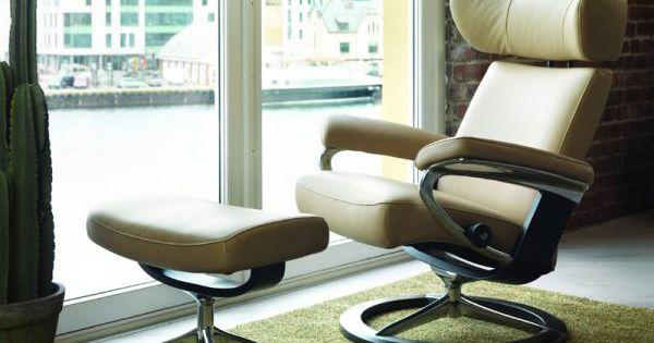 relaxfauteuil president uit de stressless fauteuil collectie met in hoogte verstelbare. Black Bedroom Furniture Sets. Home Design Ideas