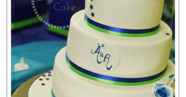 lime green and blue wedding cakes white royal blue and lime green details on the wedding 16894