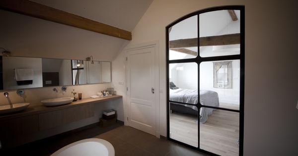 Atelier op zolder renovatie landelijke stijl hoog exclusieve woon en tuin inspiratie - Schorsing stijl atelier ...