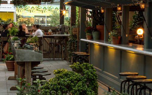 Kaper 디자인; 레스토랑 & 환대 디자인 영감 : 포팅 창고  BALCONY ...