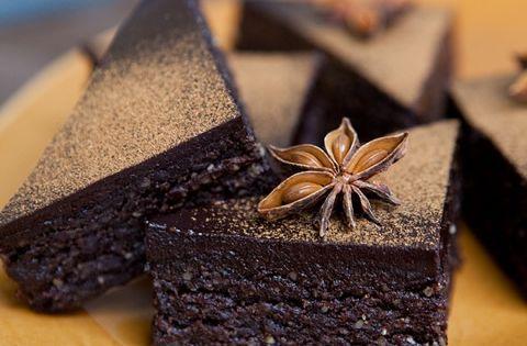 Mexican Spiced Brownies from raw food expert, Judita Wignall rawfood juditawignall