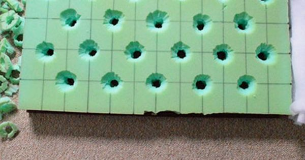 Tutorial for how to create a button tufted ottoman.