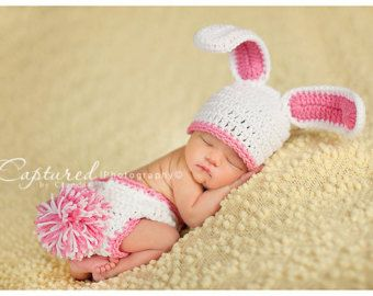 Newborn Baby/'s First Easter Hat and Sock Set Baby Girl, Baby Boy, Newborn Hospital Hat, Baby Hospital Hat, Newborn Socks, Newborn Easter