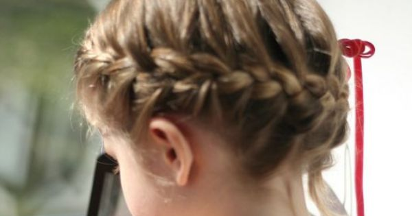 Couronne tress e tuto vid o sur le blog coiffure pinterest hair kids kid hairstyles and - Coiffure couronne tressee ...