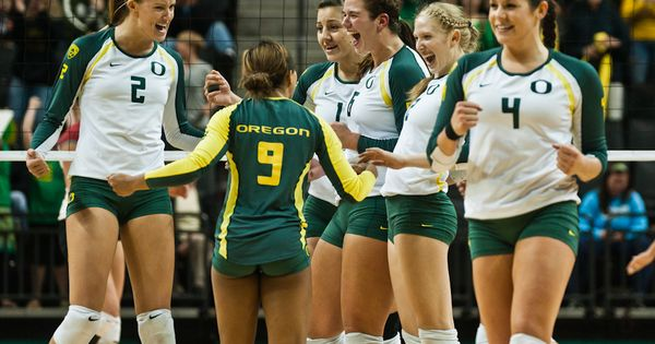 12th Ranked Is The Oregon Women S Volleyball Team Women Volleyball Volleyball Team Women