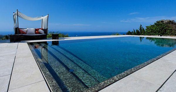 Le miroir par l 39 esprit piscine piscine 12 x 6 m for Revetement piscine miroir