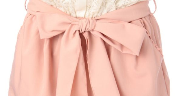 soft pink high waist short with bow tie front