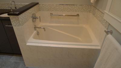 Pin By Amber Transou On Online Orders In 2020 Restroom Remodel Bathroom Restoration Big Bathrooms