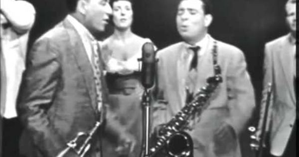 Keely Smith & Louis Prima - When the Saints Go Marching In ...