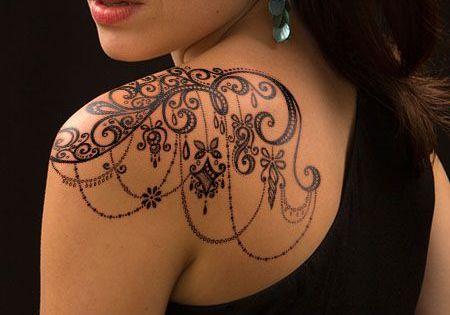 Un tatouage dentelle sur l 39 paule 2 tatouages pinterest tatouage dentelle epaule et - Tatouage dentelle epaule ...