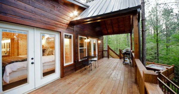 The Wildwood Cabin Is Nestled Perfectly In The Southern Hills Edition Which Is One Of The Most Beautiful Areas Around Broken Bow Cabin Broken Bow Cabins Home