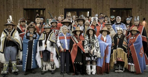 Pacific Northwest coast native people | Regalia I love ...