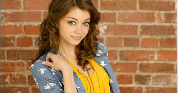 dylan schoenfield from geek charming on disney makeup and hair pinterest movie and tvs. Black Bedroom Furniture Sets. Home Design Ideas