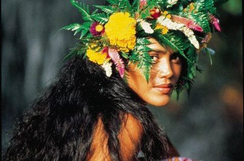 Tahiti | we are the world | Pinterest | Tahiti, People and ...