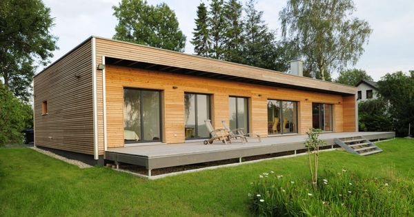 holz bungalow von bau fritz mit seezugang house styles. Black Bedroom Furniture Sets. Home Design Ideas