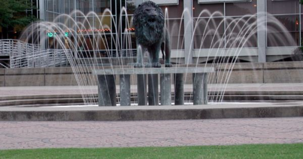 Old Dominion University Monarchs: riding the lion is ...