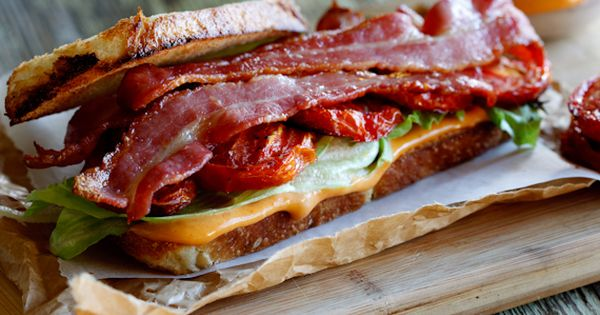 The Ultimate BLT-Sandwich | Bacon, Aioli and Spicy