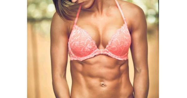 garrie.dawn #becauseABSmatter #LUVfit | Ladies with muscles