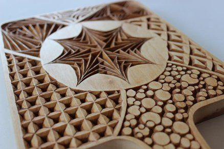 Cutting board tangle pattern chip carving free form