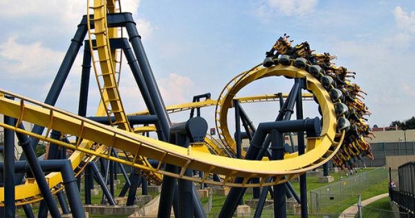 Rollercoasters The Batman At Sixflags Six Flags Over Texas Theme Park Thrill Ride