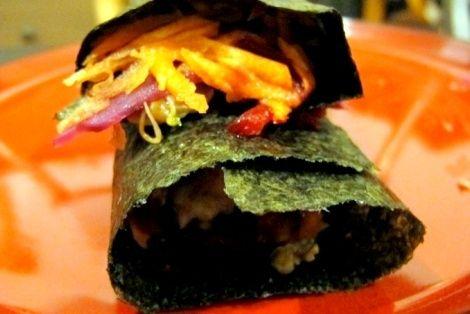 Nori Wraps To Bardzo Nietypowy Przepis Kuchni Japonskiej Warzywa Zawiniete W Plat Wodorostu Nori Nori Wrap Nori Food