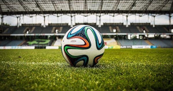 شاهد شاهد مباريات كرة القدم مبائرة و بدون تقطع Hd Soccer Ball Soccer Tips Soccer Warm Ups