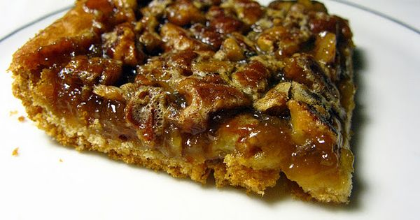 Crescent roll pecan pie bars - so yummy and so easy, must