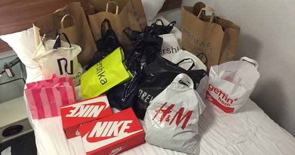 Nike Forever21 And H M Bild Shopping Inspirations Shopping Spree Cool Things To Buy