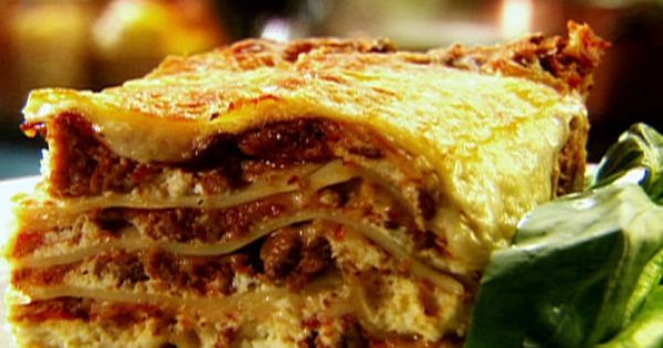 Tyler Florence's Ultimate Lasagna....all o fhis recipes are to die for! Also