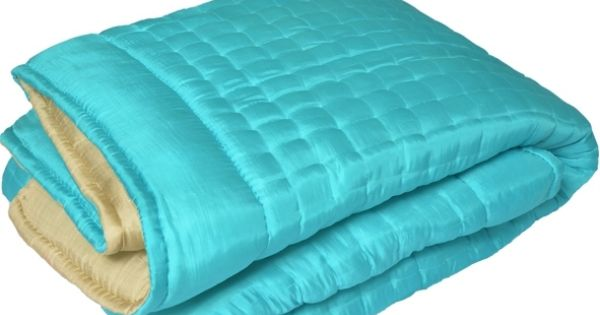 Couvre lit en soie turquoise couvre lits matelass s silk - Turquoise kamer en taupe ...