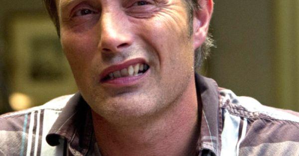 Mads Mikkelsen Teeth