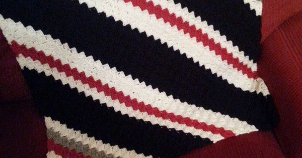 Free Crochet Pattern For New England Patriots Afghan : Crochet Corner to Corner Baby Afghan in the New England ...