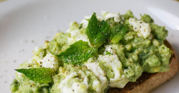 Avocado and goat cheese with lime on toast partyfood appetizers healthy recipe