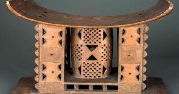 La Gazette Drouot L Hebdo Des Ventes Aux Encheres Art Africain Traditionnel Tabouret Bois