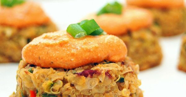 Mini Quinoa-Chickpea Cakes with Roasted Red Pepper Cashew Cream Sauce vegan The