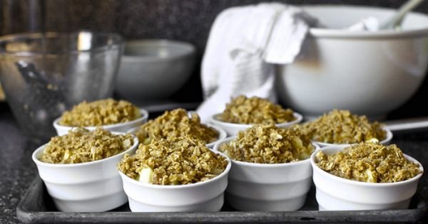 Pear Cranberry And Gingersnap Crumble Smitten Kitchen | Share The ...
