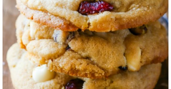 The white, Chocolate chips and Cookies on Pinterest