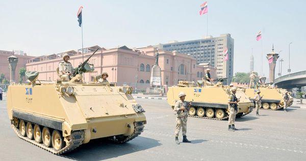 تواجد أمني و عسكري كثيف لحمايات المنشأت الحيوية بالقاهرة Military Vehicles Military Tank