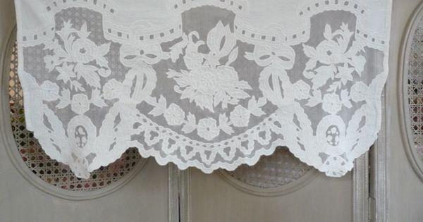 rideaux rideau voilages stores brise bise cantonni re rideaux lin monogramme linge brod. Black Bedroom Furniture Sets. Home Design Ideas