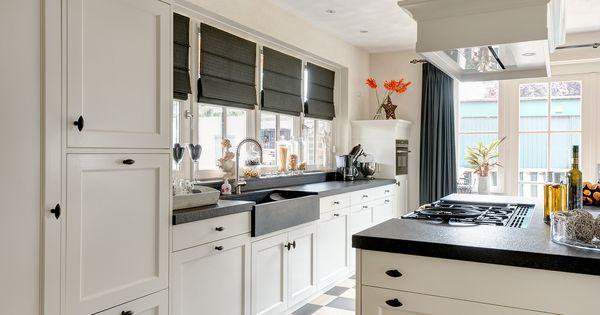 Vri interieur landelijke keuken modern wit en grijs met houten laden keuken pinterest - Idee deco keuken grijs ...