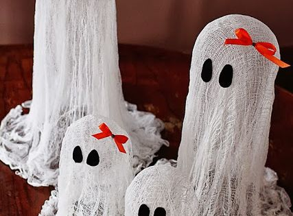 DIY Halloween Decorations for me to do next year!!