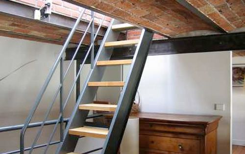 Escalier chelle small spaces design and metals - Escalier loft lapeyre ...
