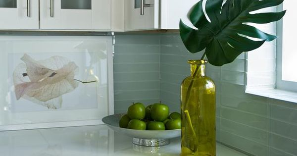frosted glass tile & linear handles Kitchen Counter Vase