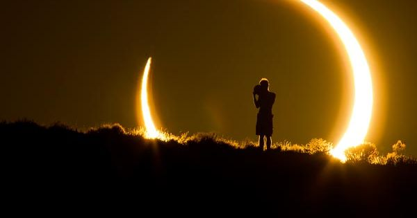 A photo from the recent partial solar eclipse. Via National Geographic: http://news.nationalgeographic.com/news/2012/05/pictures/120531-best-space-198-partial-eclipse-sun-dragon-nasa/