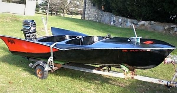 Huge Wings On This Runabout Water Crafts Cool Boats Classic Boats