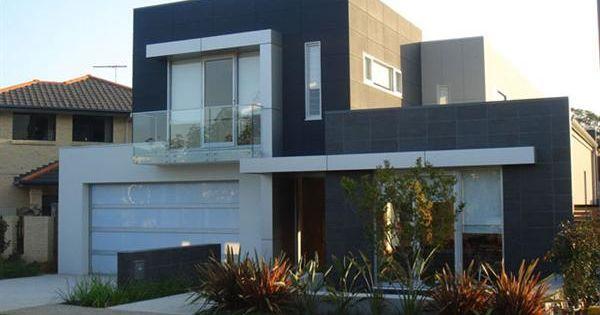 Moderno minimalista casa con peque o jard n cocheras for Jardines modernos minimalistas